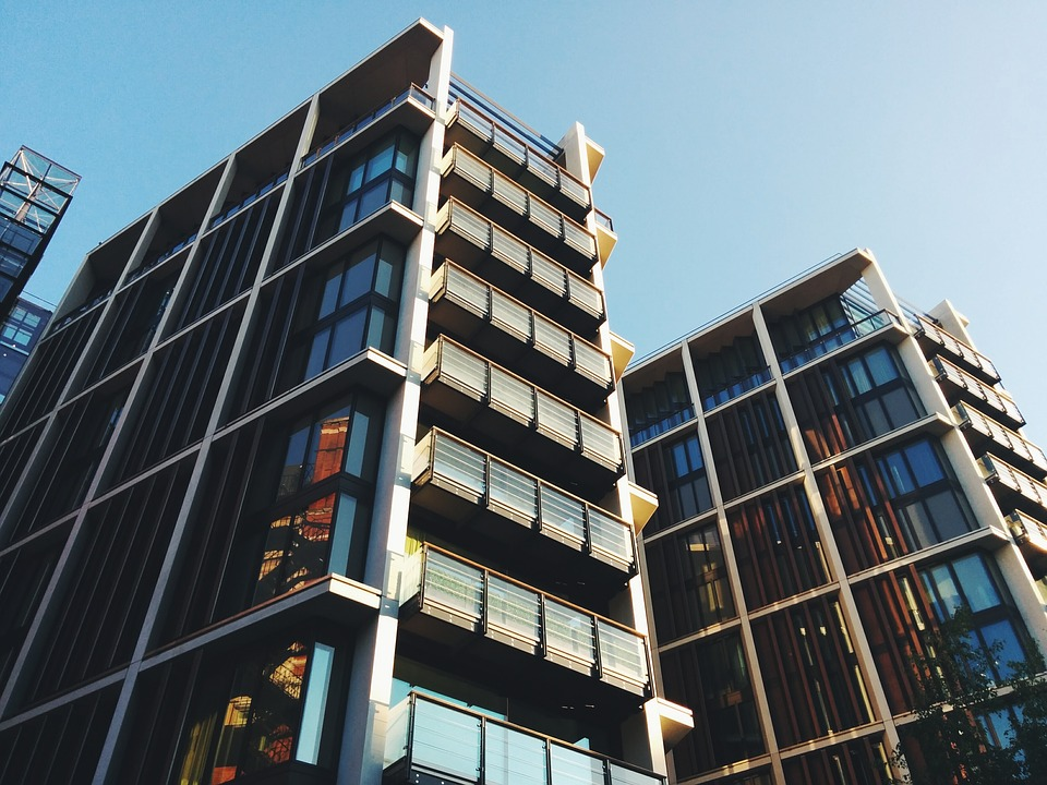 Energy Saving Solutions for Commercial Buildings